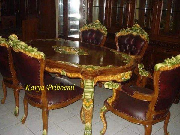 Meja Makan Ganesha