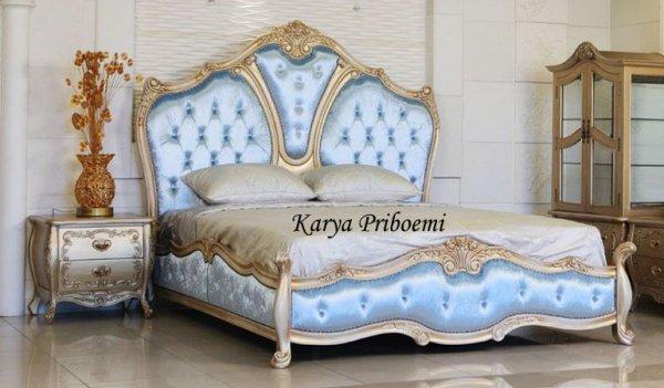 Tempat Tidur Mewah Racoco Mawar