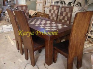 Set Meja Makan Solid