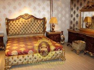Kamar Set Klasik Mewah Martha
