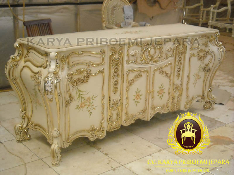 Buffet Klasik French Baroque Lukis
