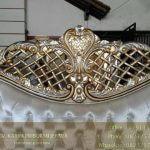 Detail Ukiran Headboard Tempat Tidur Klasik Istanbul
